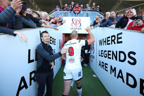 Ruan Pienaar waves goodbye to the Ulster fans after the game