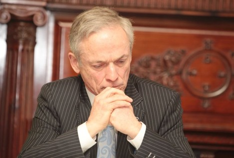 File Photo TALKS CONTINUE TODAY in a bid to avert next week's teachers strike, as Minister Richard Bruton again warned a large number of schools will have to close.
