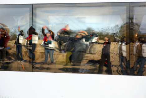 Last Remaining Children Evacuated From Jungle Camp - Calais