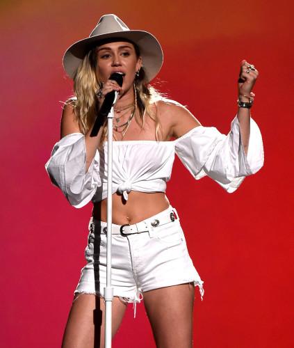5/21/17 - Las Vegas: 2017 Billboard Music Awards - Show