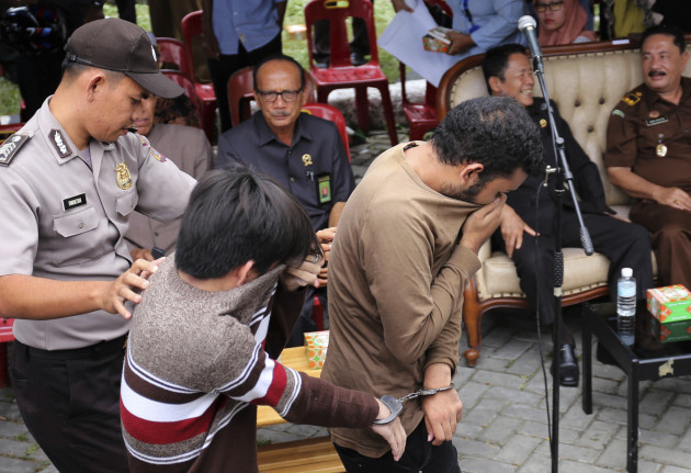 Indonesia Gay Couple Caned