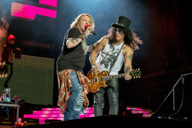 Guns N' Roses in concert - Chicago