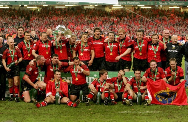 Munster players celebrate winning the Heineken European Cup Final