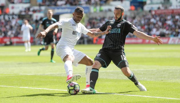 Swansea City v West Bromwich Albion - Premier League - Liberty Stadium