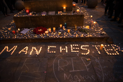 United Kingdom: People commemorate the Manchester Arena attack