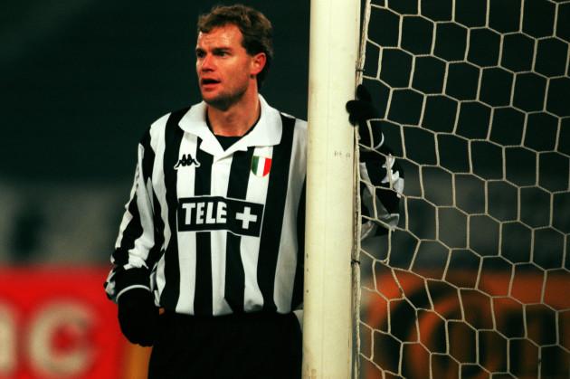 Soccer - UEFA Champions League - Group B - Juventus v Rosenborg
