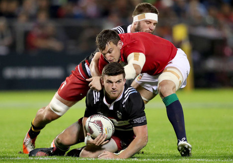 Sam Warburton tackles Bryn Gatland