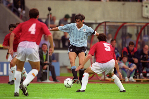 Soccer - FIFA World Cup Italia 90 - Group E - Uruguay v Spain - Stadio Friuli, Udine
