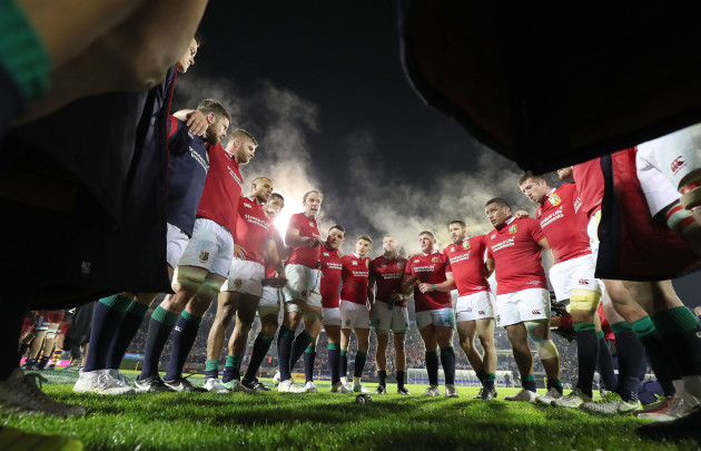 Alun Wyn Jones speaks to his teammates after the game