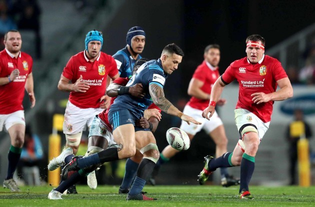 Sonny Bill Williams tackled by Maro Itoje