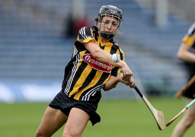 Anna Farrell scores a goal