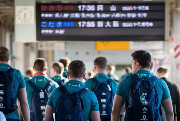 Ireland players arrive into Hamamatsu