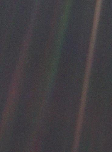 442px-Pale_Blue_Dot
