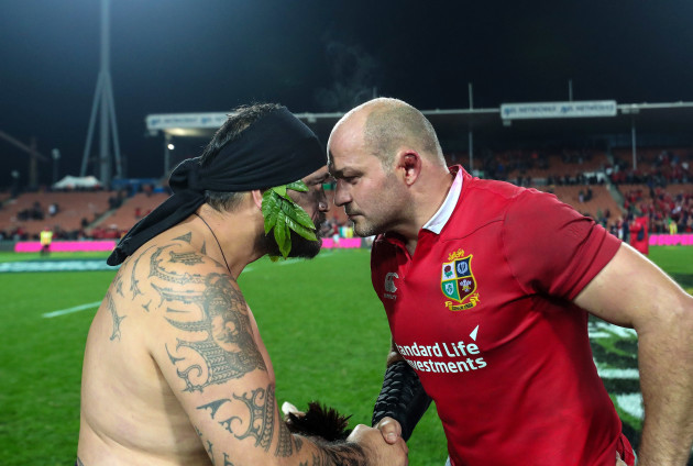 Rory Best receives a hongi