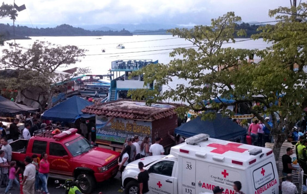 COLOMBIA-GUATAPE-ACCIDENT-BOAT-SINK