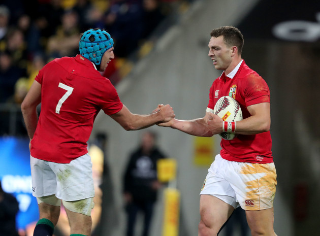 George North celebrates scoring their second try with Justin Tipuric