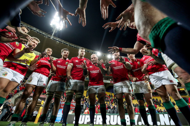 Rory Best with the team after the game