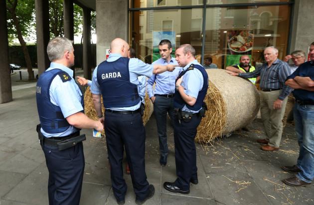 grain protest6 (1)