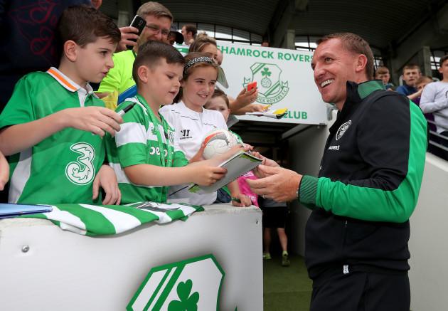 rendan Rodgers signs autographs for fans