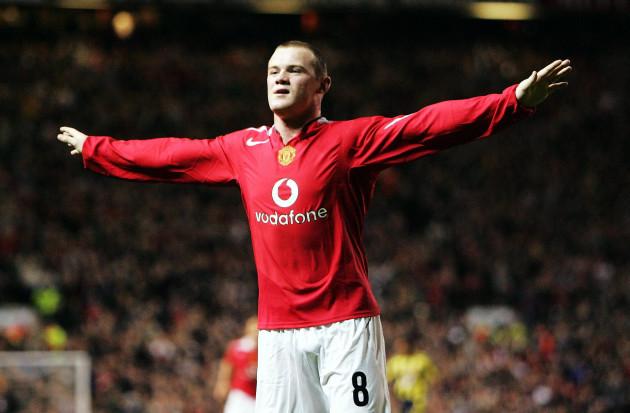 Wayne Rooney celebrates his second goal 28/9/2004