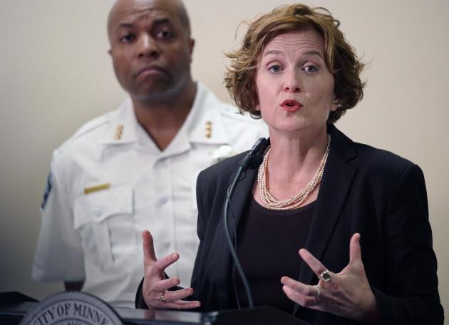 Minnesota BCA: Minneapolis officer heard loud noise before partner shot Justine Damond