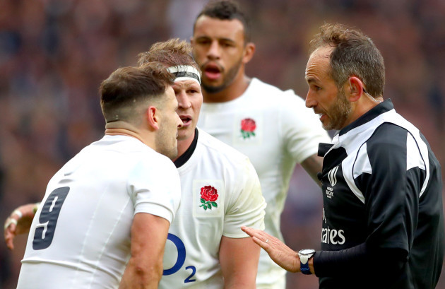 Romain Poite speaks to Dylan Hartley and Danny Care