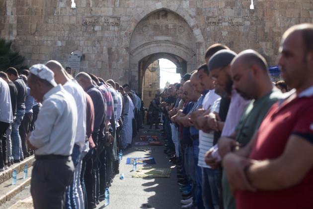 Jerusalem: Muslims hold protests outside Lion's Gate