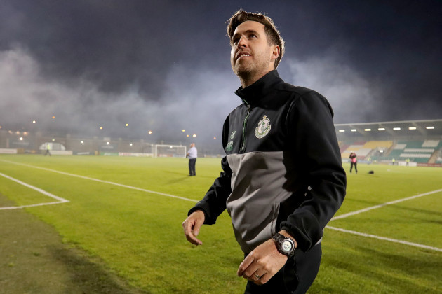 Stephen Bradley celebrate victory over Cork City after extra time