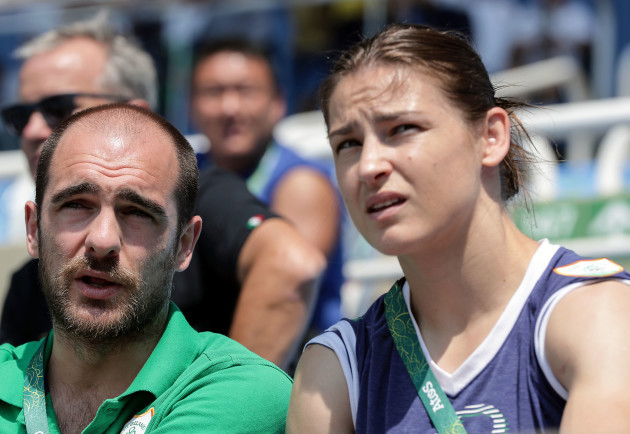 Scott Evans and Katie Taylor before the race