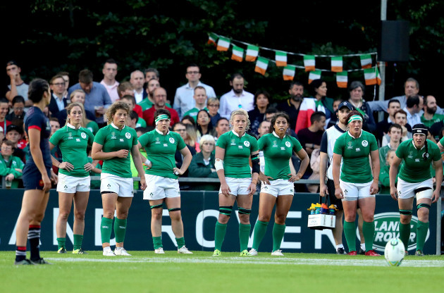 Ireland players dejected after conceding a third try