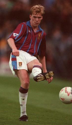 Steve Staunton, Aston Villa