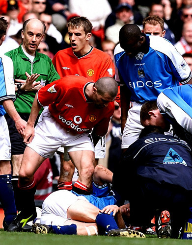 Soccer - FA Carling Premiership - Manchester United v Manchester City