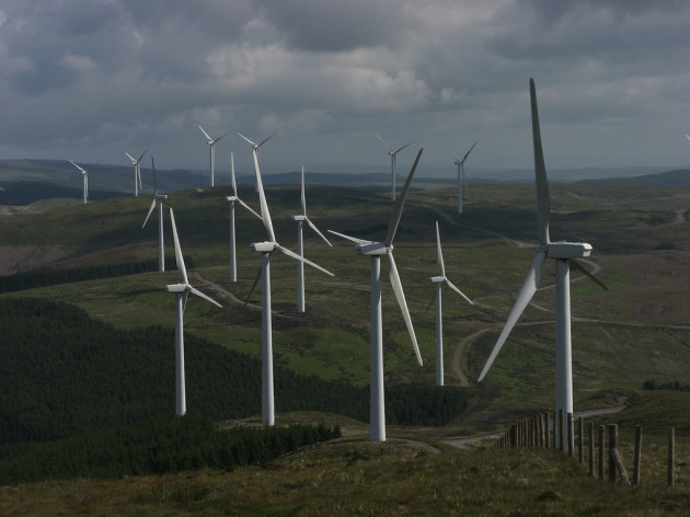 wind farms onshore credit flickr Pete Roberts