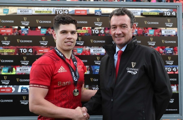 Alex Wootton receives the Guinness PRO14 Man of the Match award from Brendan Ryan