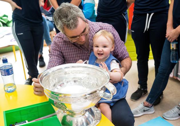 Siún Ni Chonbhú with the O'Duffy Cup