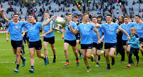 Niall Scully, Cormac Costello, Brian Fenton, Con O'Callaghan, Paul Mannion, Paddy Andrews and Diarmuid Connolly celebrate