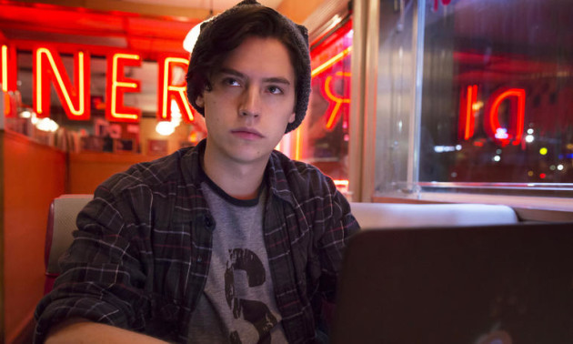 170110-news-riverdale-cole-sprouse