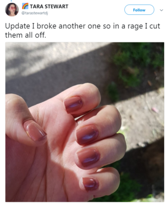 11 Stresses You Ll Understand If You Have Acrylic Nails The Daily Edge
