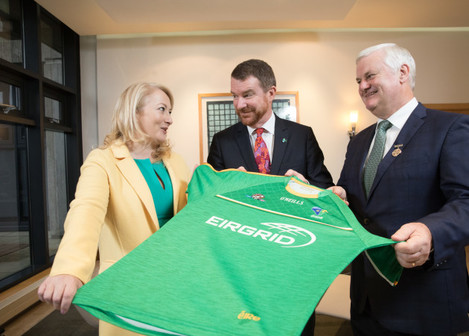 Biz Dsk EirGrid to sponsor Ireland International Rules Team-2-1