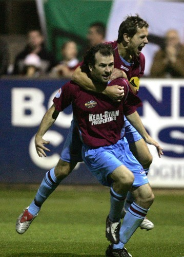 Paul Keegan and Declan O'Brien celebrate 23/9/2005