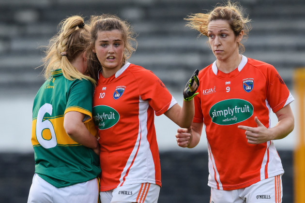 Aimee Mackin and Ciara Murphy tussle off the ball