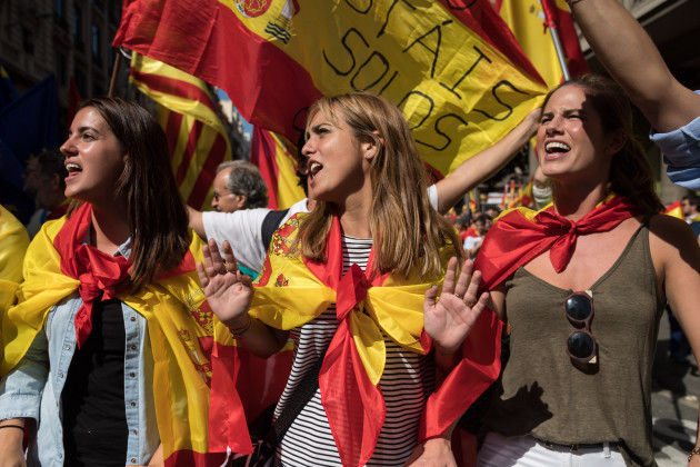Spain: Anti-referendum protest in Barcelona