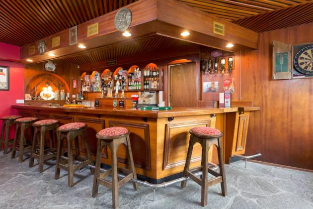 pub airbnb2