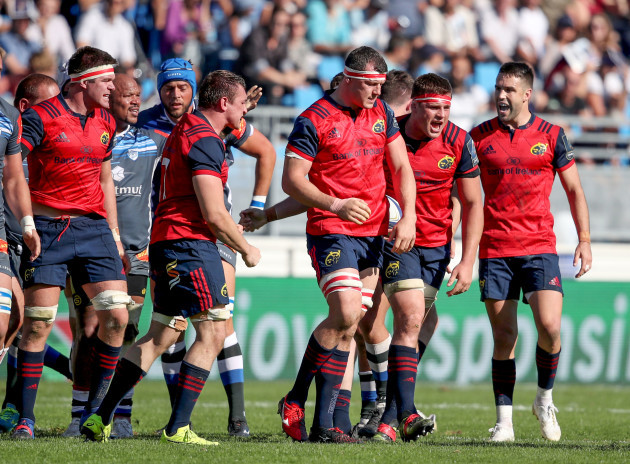 Billy Holland, Tommy O'Donnell, Robin Copeland, CJ Stander and Conor Murray celebrate a penalty