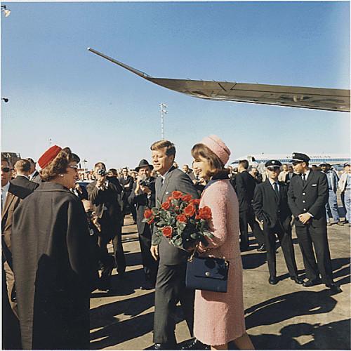 KENNEDYS ARRIVE IN DALLAS - NOVEMBER 22, 1963