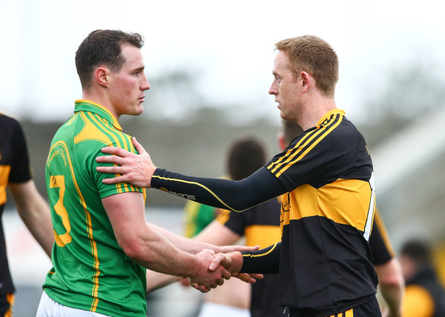 Colm Cooper shakes hands with Mark Griffin