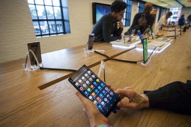 NY: Samsung Galaxy Note 8 smartphone