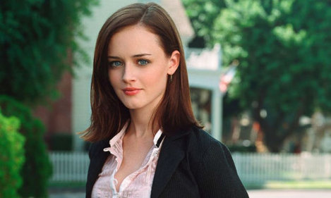 GTY_alexis_bledel_rory_gilmore_jt_160625_16x9_992