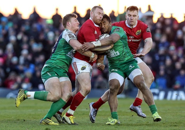 Keith Earls tackled by Peter Robb and Bundee Aki