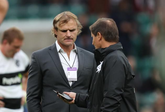 Barbarian's head coach Robbie Deans with Scott Robertson